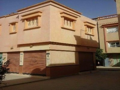 Local commercial Meknes 380000 Dhs